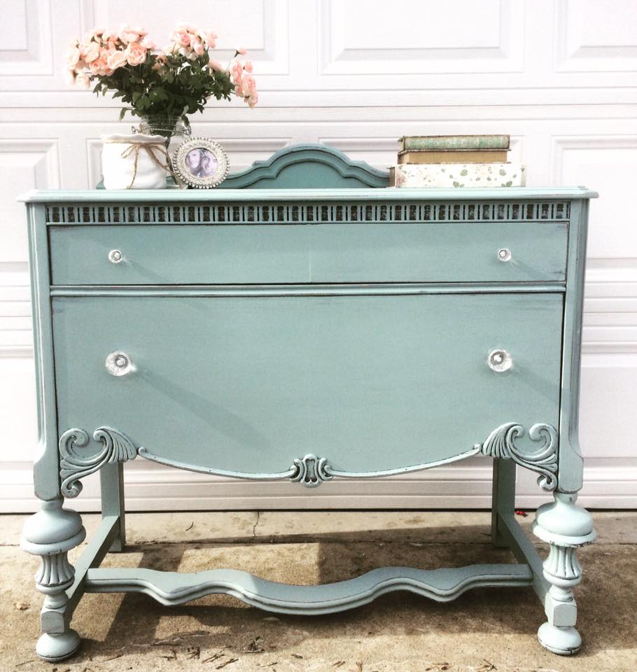 buffet in persian blue antique white color mix general. Black Bedroom Furniture Sets. Home Design Ideas