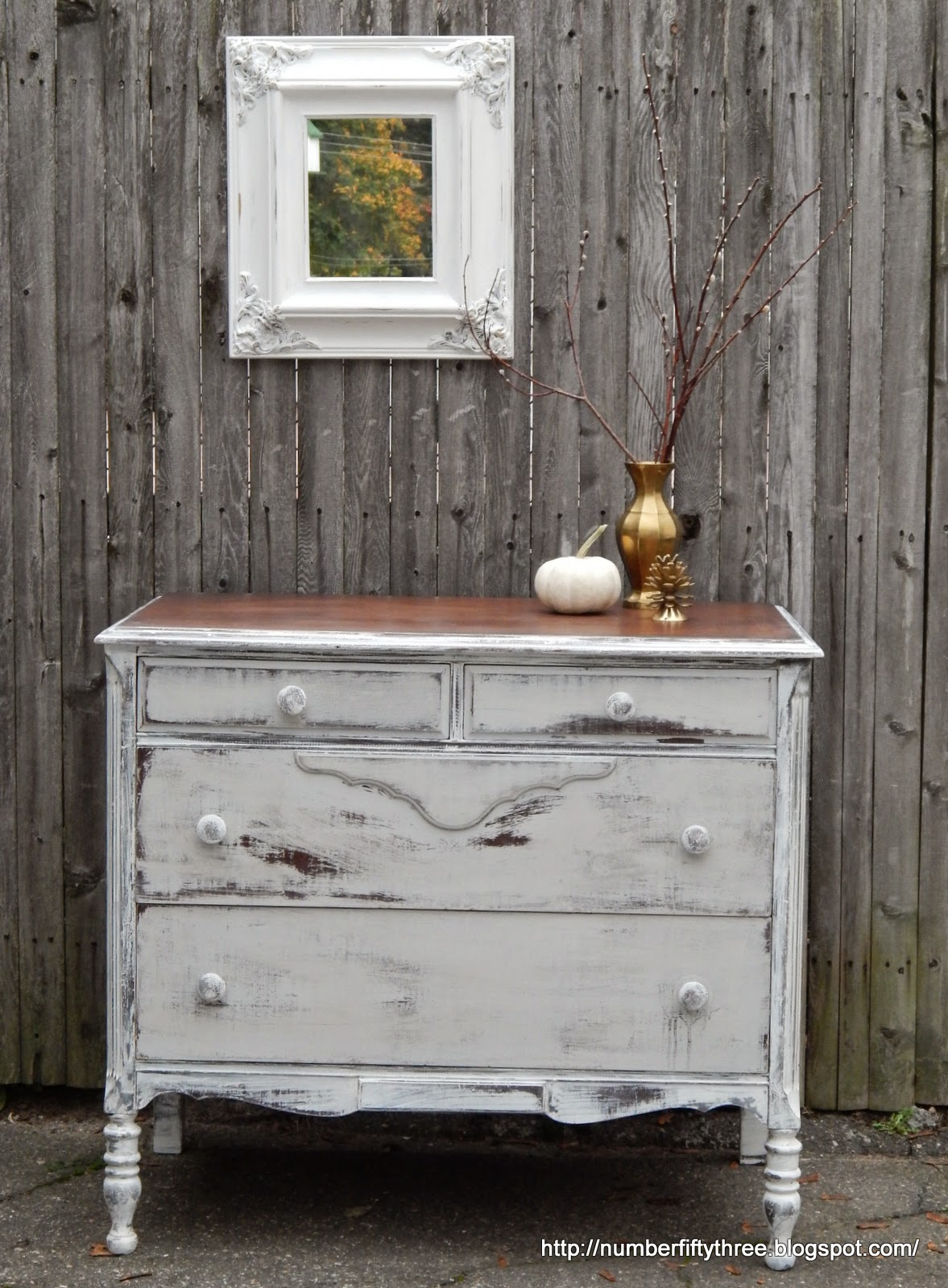 Snow White And Seagull Gray Distressed Dresser