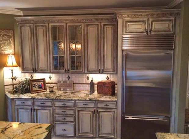 Kitchen Makeover In Enduro White Poly And Van Dyke Brown