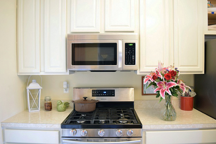 Antique white kitchen cabinet refresh general finishes for What finish paint for kitchen cabinets