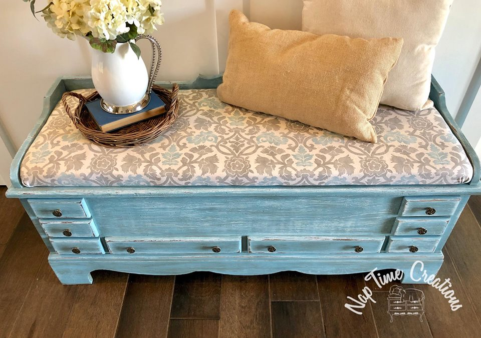 Cedar Chest Layered In Snow White Halcyon Blue Amp Van Dyke