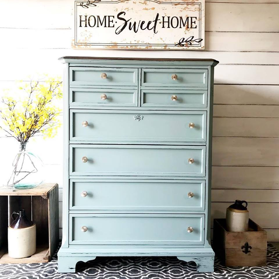 General Finishes Design Center: Beautiful Bassett Dresser In Persian Blue