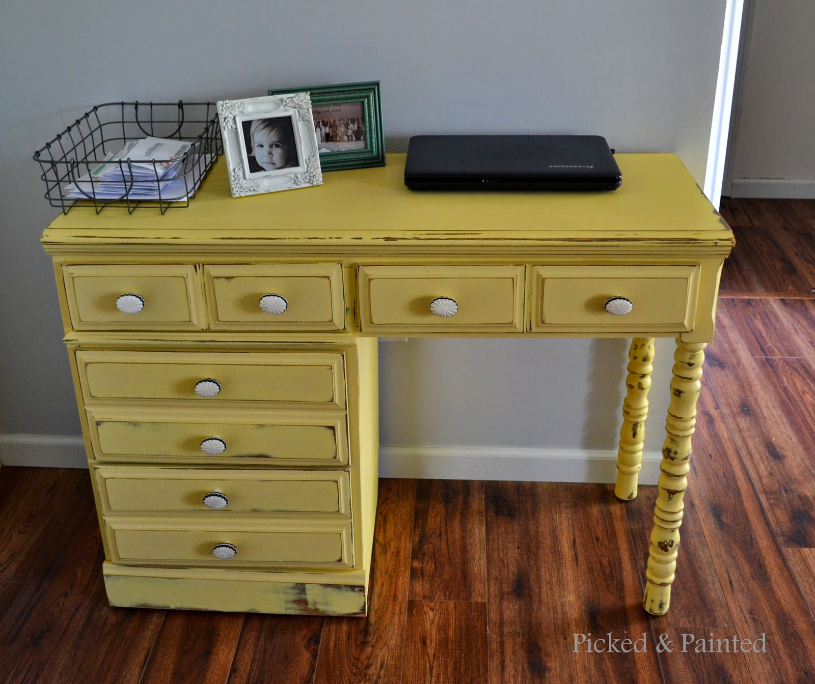 Lovely Distressed Buttermilk Yellow Desk | General Finishes Design Center XS02