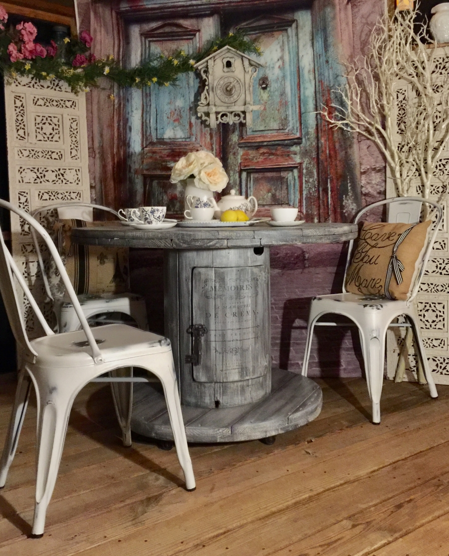 exciting cable spool kitchen table | French Spool table on wheels | General Finishes Design Center
