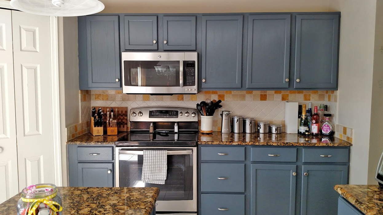 Kitchen Makeover In Gray Gel Stain
