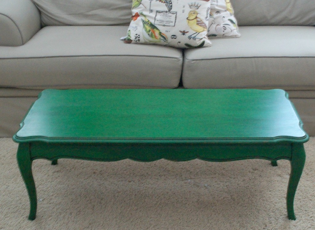 Coffee Table In Emerald Milk Paint Topped With Pitch Black Glaze Effects |  General Finishes Design Center