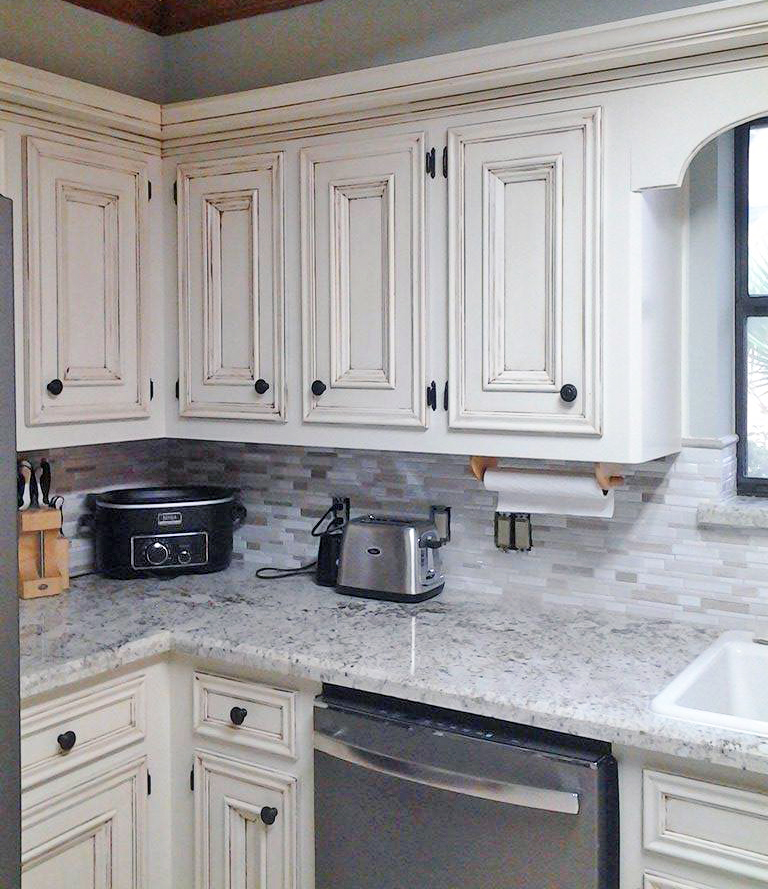 Antique White Kitchen Makeover