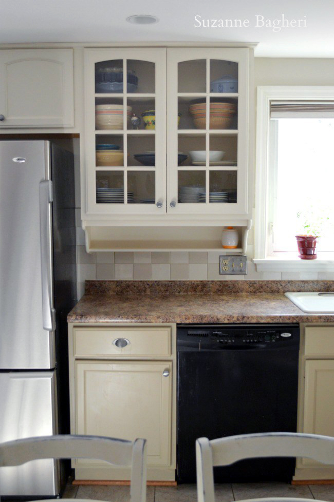 Millstone and Antique White Kitchen Cabinet Makeover ...