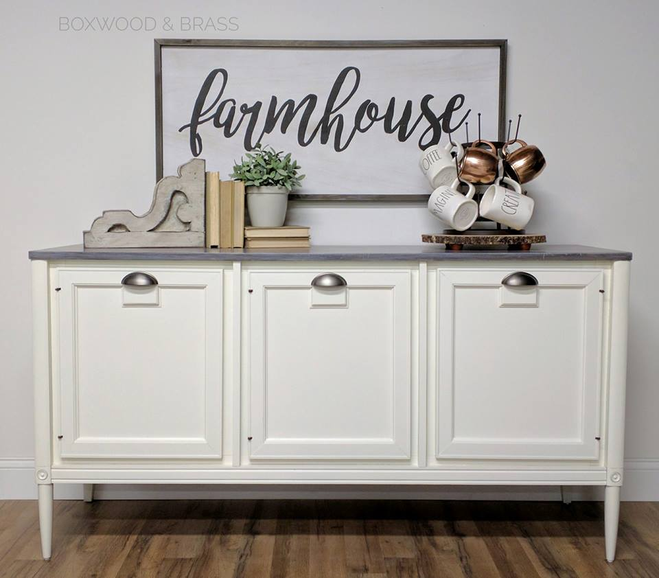 Buffet In Antique White Milk Paint