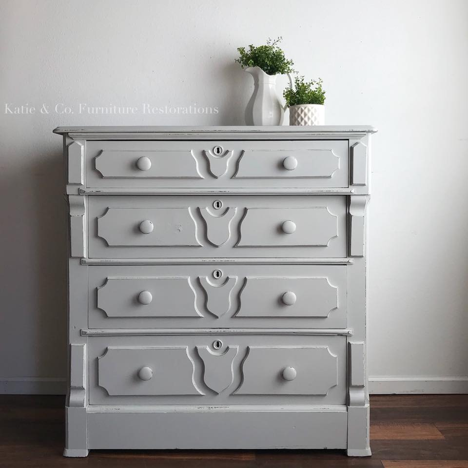 Dresser In Seagull Gray Milk Paint