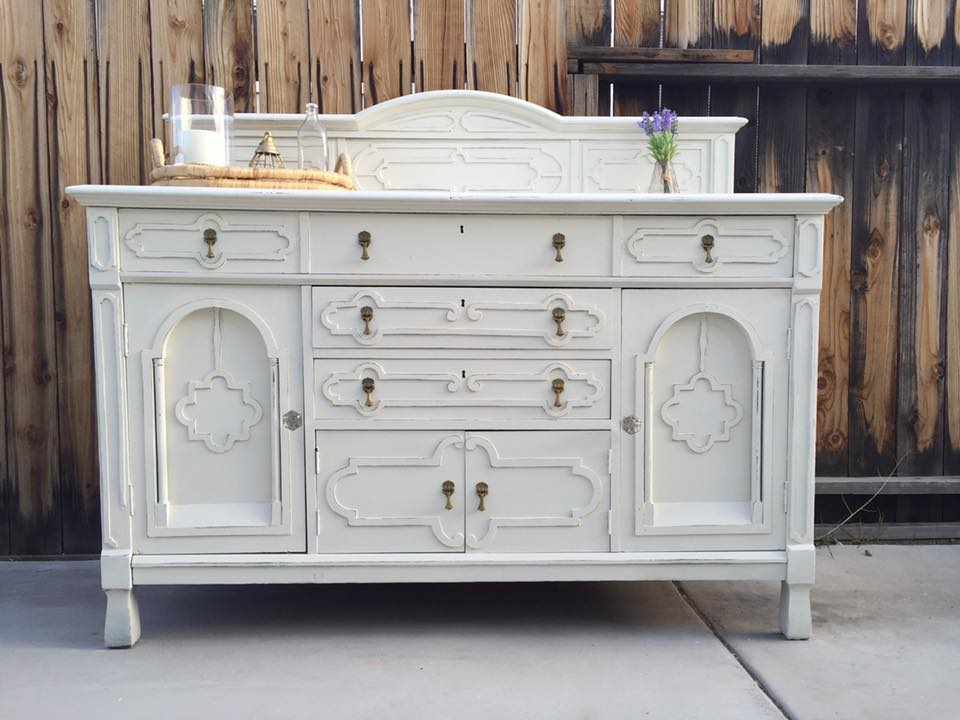 Buffet In Snow White And Antique Milk Paint
