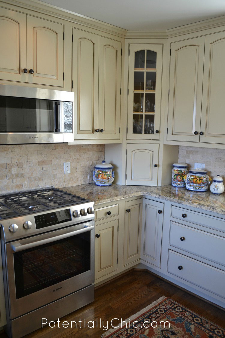Lighter and brighter kitchen in linen milk paint and van for Best way to stain kitchen cabinets