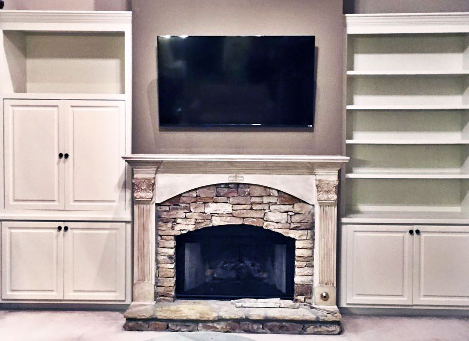 Antique White Built Ins And Mantle General Finishes