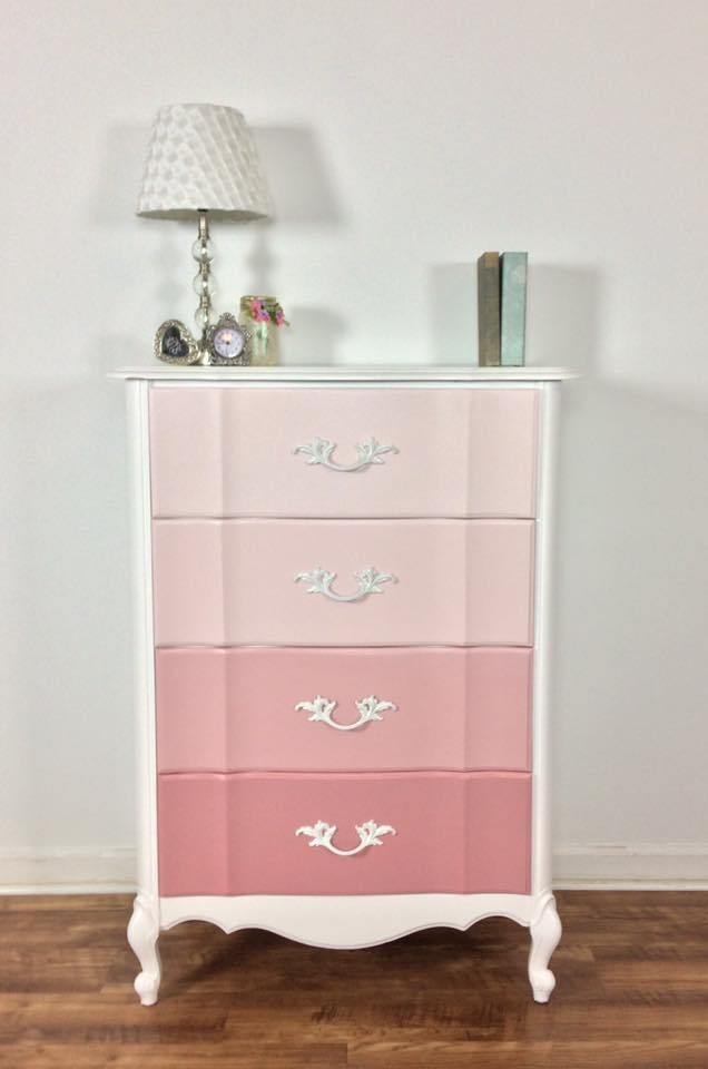 Cute French Provincial Chest In Tuscan Red Amp Snow White