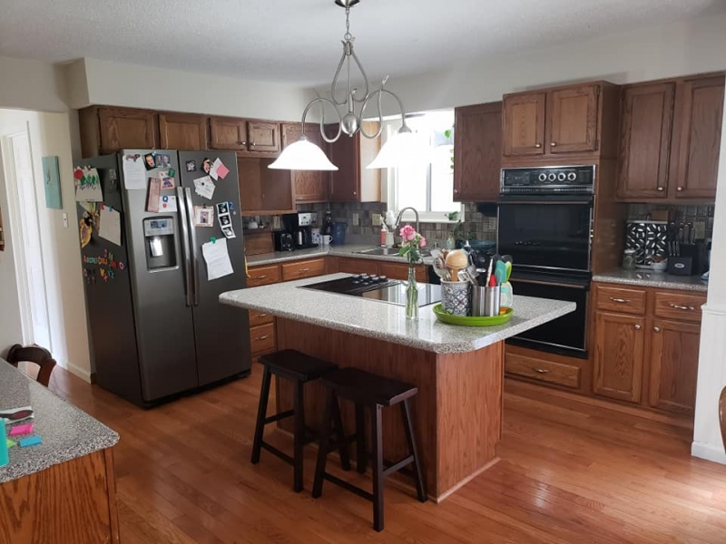 Antique White and Coastal Blue Kitchen Cabinet Makeover ...