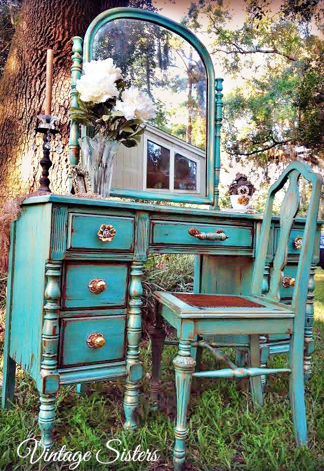Farmhouse Charm Patina Green Desk General Finishes