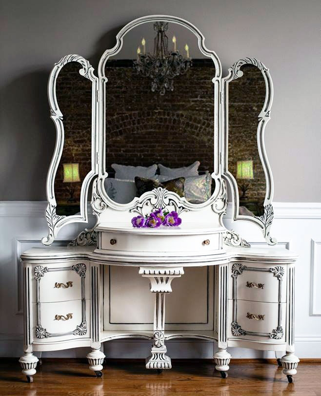 vintage vanity and chest in antique white and pitch black 87951