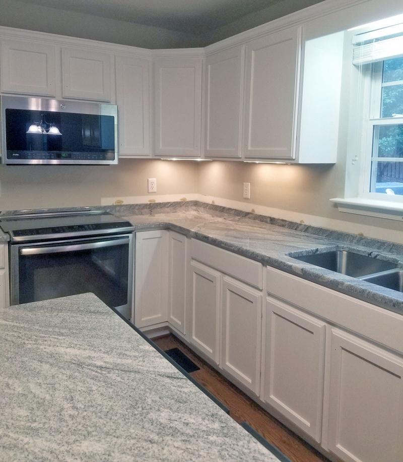 Snow White Kitchen Cabinet Transformation