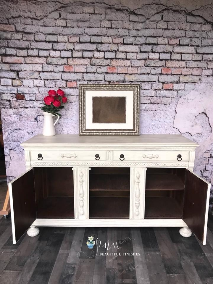 Beautiful Vintage Buffet In Antique White