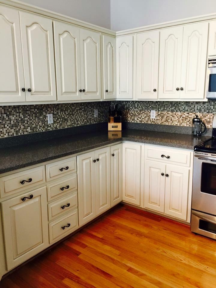 Kitchen transformation in antique white milk paint for White kitchen cabinets turning yellow