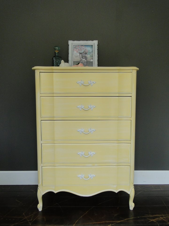 Frosty Lemonade Dresser In A Gf Milk Paint Mix General