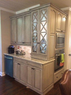 Design Ideas Featuring Upcycled Kitchen and Bath | General Finishes on glass kitchen ideas, travel kitchen ideas, cake kitchen ideas, patriotic kitchen ideas, lowe's kitchen ideas, vintage small kitchen ideas, photography kitchen ideas, silver kitchen ideas, rustic kitchen ideas, 2015 kitchen ideas, fall kitchen ideas, garden kitchen ideas, thanksgiving kitchen ideas, recycled kitchen ideas, craft kitchen ideas, whimsical kitchen ideas, furniture kitchen ideas, plants kitchen ideas, do it yourself kitchen ideas, country blue kitchen ideas,